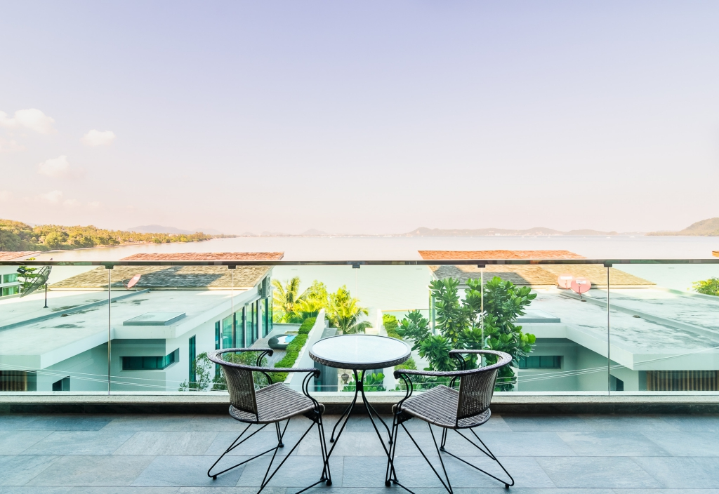 Дома в остров Уранополис недорого на берегу моря